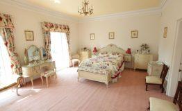 Hallfield-Hall-bedroom-2