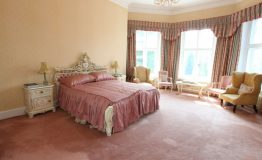 Hallfield-Hall-bedroom