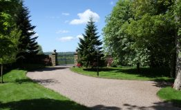 Hallfield-Hall-entrance