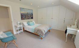 Riverside-bedroom-resize