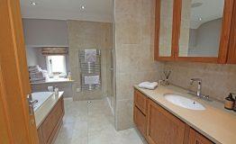 Master-bathroom-resize
