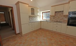 Cottage-kitchen-resize