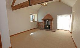 Cottage-sitting-room-resize