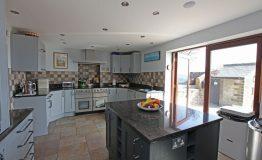 Kitchen-area-resize